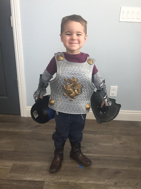 Snowflake Shiloh is ready for battle!